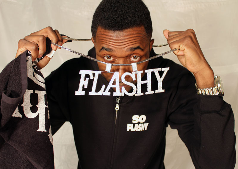 FLASHY_WIT_CHAIN_5017
